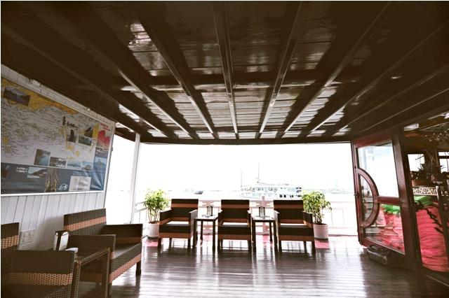 Alova Gold Cruise with a convenient Bar