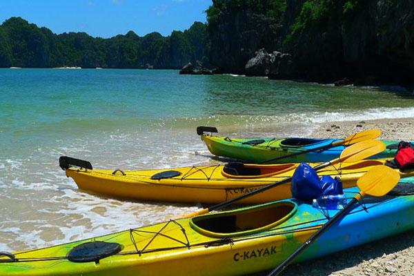 Kayaks in Ha Long Bay