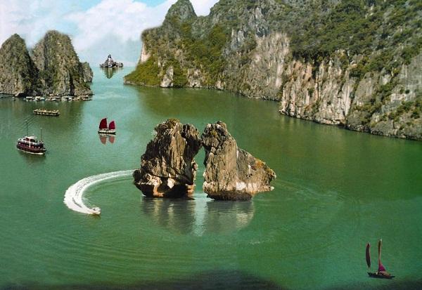 Trong Mai Islet, symbol of Halong Bay