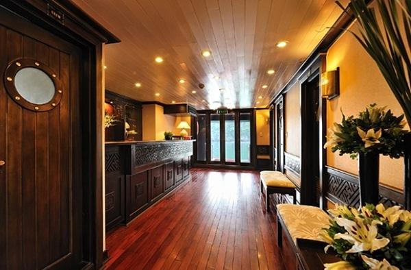 Luxurious Reception Area