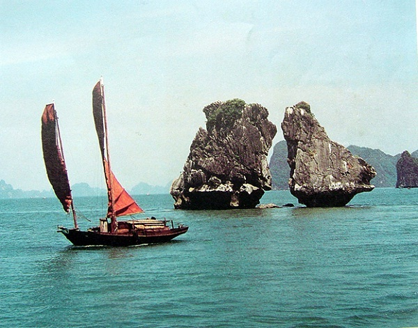 HaLong Bay, the masterpiece of nature in Viet Nam