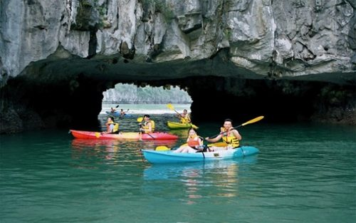 Luon Cave – an ideal place for kayaking