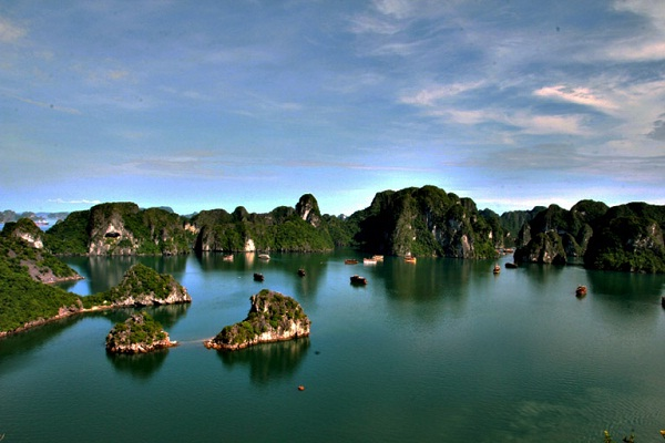 Three Peach Beach – Halong bay
