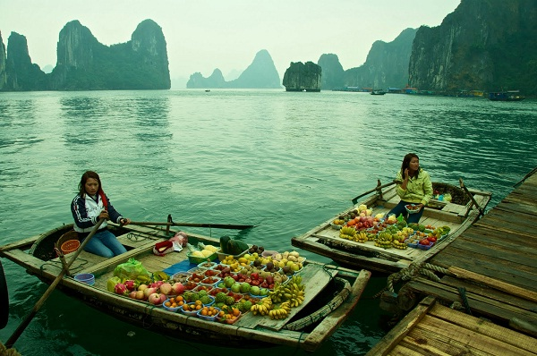 Interesting habit in Halong Bay