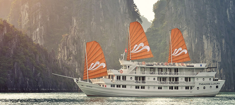 Paradise Cruise Halong Bay – an ideal paradise for visitors
