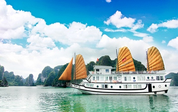 Glory Cruise – ong of the most highly recommened superior cruises Halong Bay