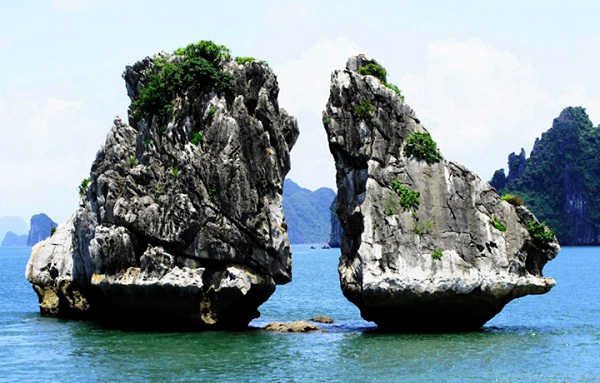 5 must-see Halong Bay attractions