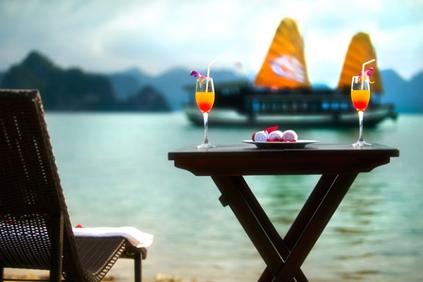 Relaxing on Halong Bay