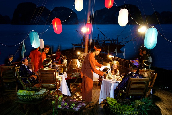 Grand Halong hotel on Halong bay Travelling Tour