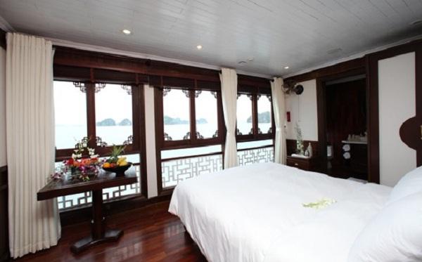 Grand Deluxe Cabin