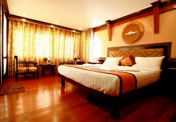 The comfortable bedroom with high class facilities