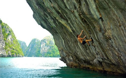 Climbing at the beautiful Lan Ha Bay