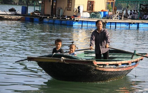 The life of a fisherman family in Ba Hang fishing village