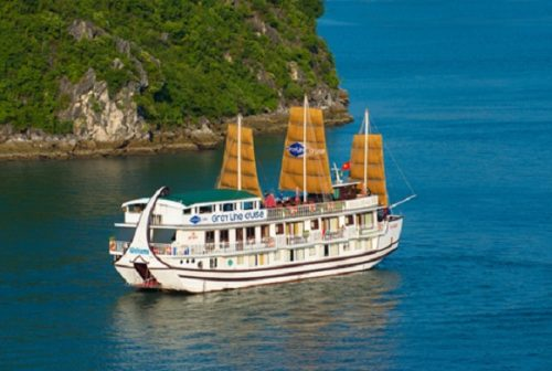 Gray Line Cruise on Halong Bay