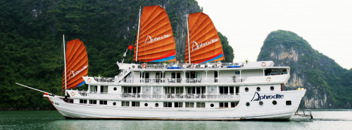 Aphrodite cruise on Halong Bay