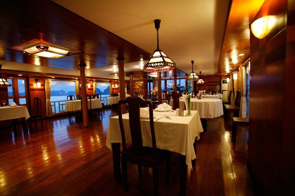 Halong Emotion Cruise's Restaurant