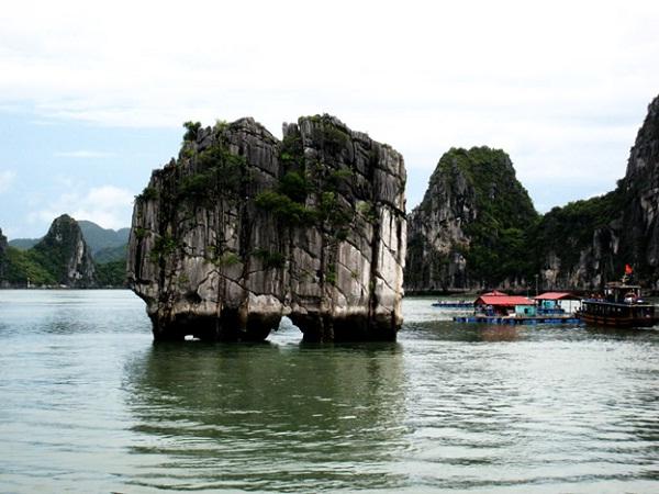 Dinh Huong Island (Joss Stick Island) – Halong Bay