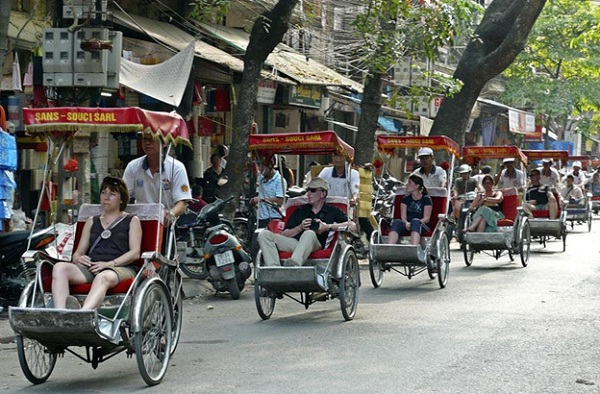 Take a Xich Lo to enjoy the real pace of Vietnamese people's life