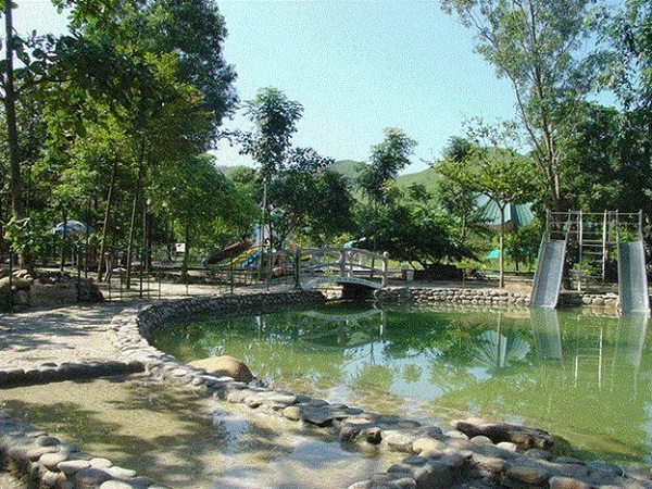 Mineral in Quang Hang is a best place for relaxing