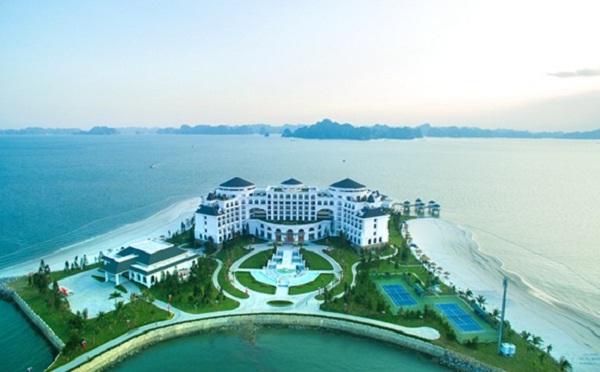 Vinpearl Halong Bay Resort Junk