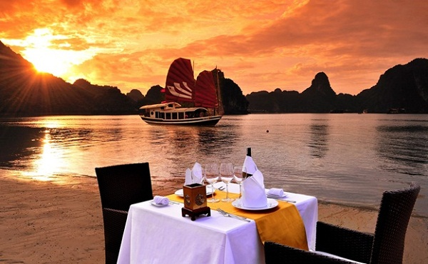 Relax on Halong Bay