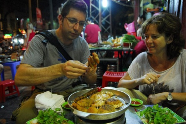 Once coming to vietnam, you should not miss a chance to enjoy delicous dishes