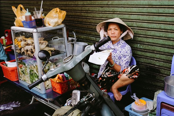 Most vietnamese stay a simple life