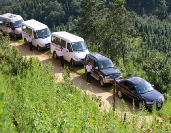 Minivan to Sapa