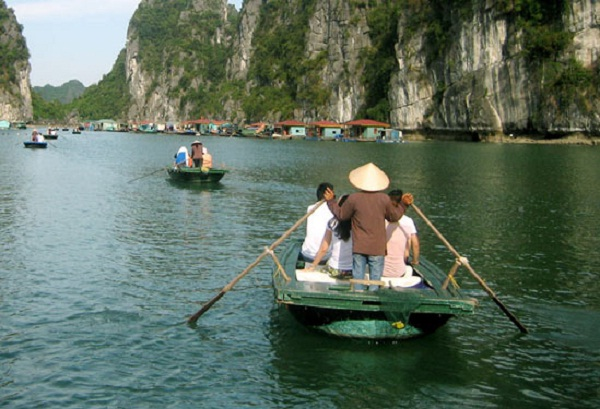 It is advisable to spend at least a few days exploring Halong Bay