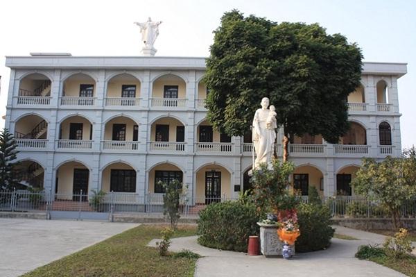 Phung Khoang Church