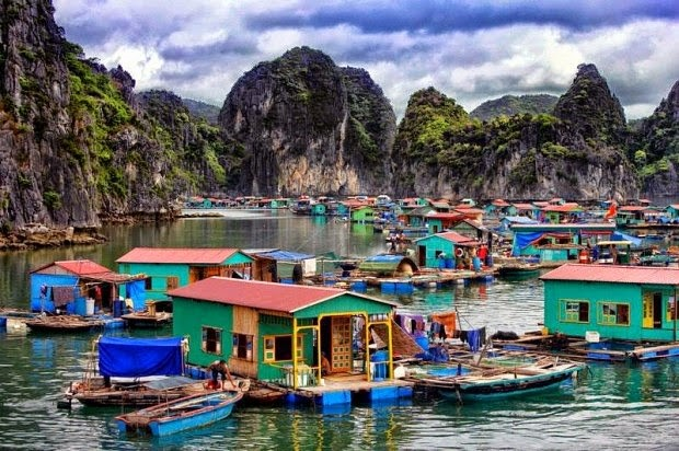 A seaside fishing village in Halong is waiting for you to experience