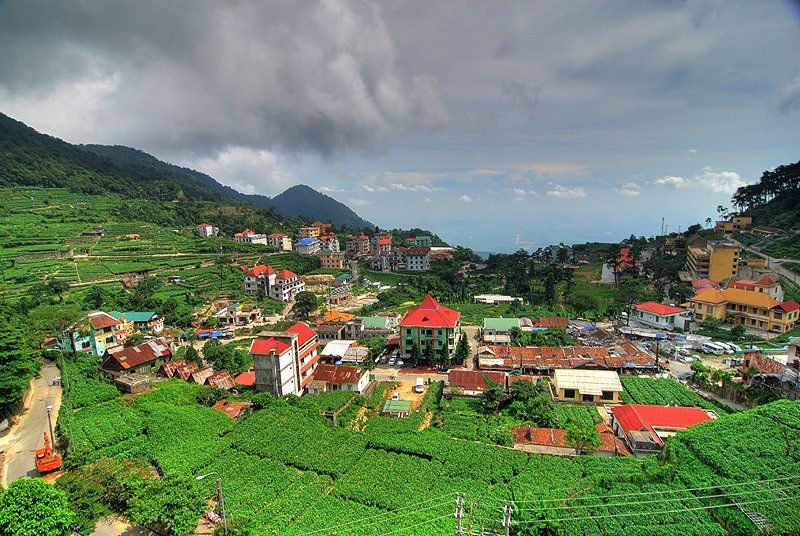 To experience Vietnam's Nature and  Culture