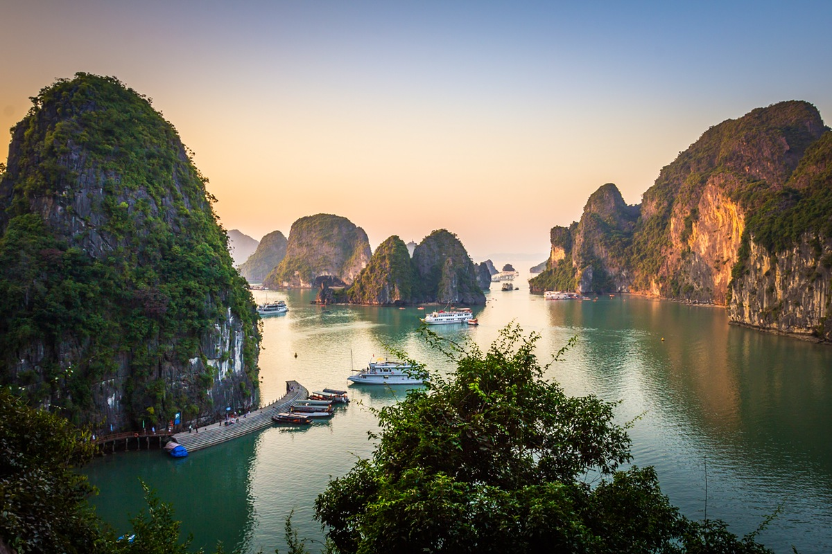 The magnificent Halong bay will blow your imagination