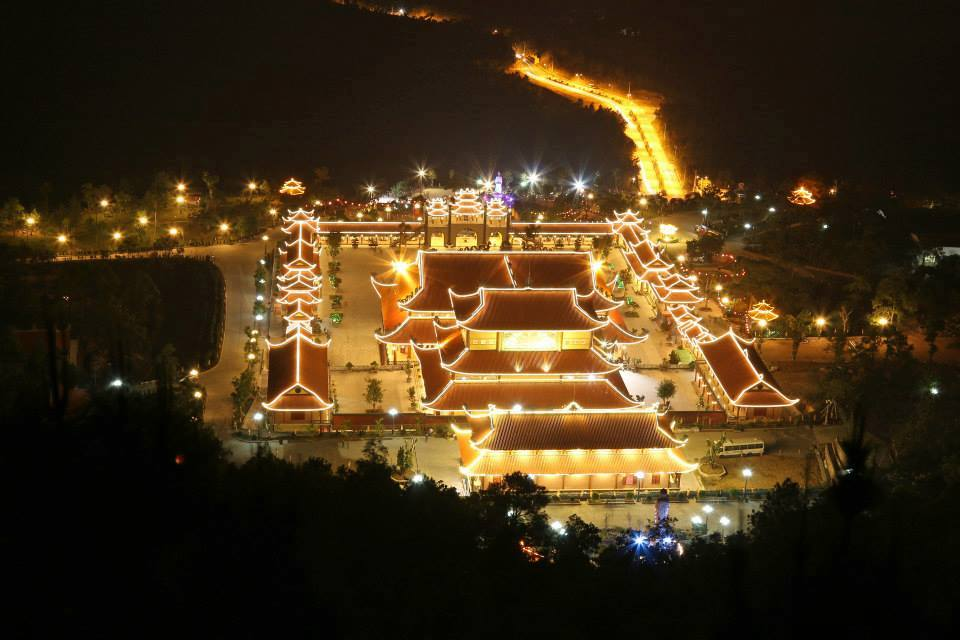 Ba Vang temple's panoramic in night is picturesque