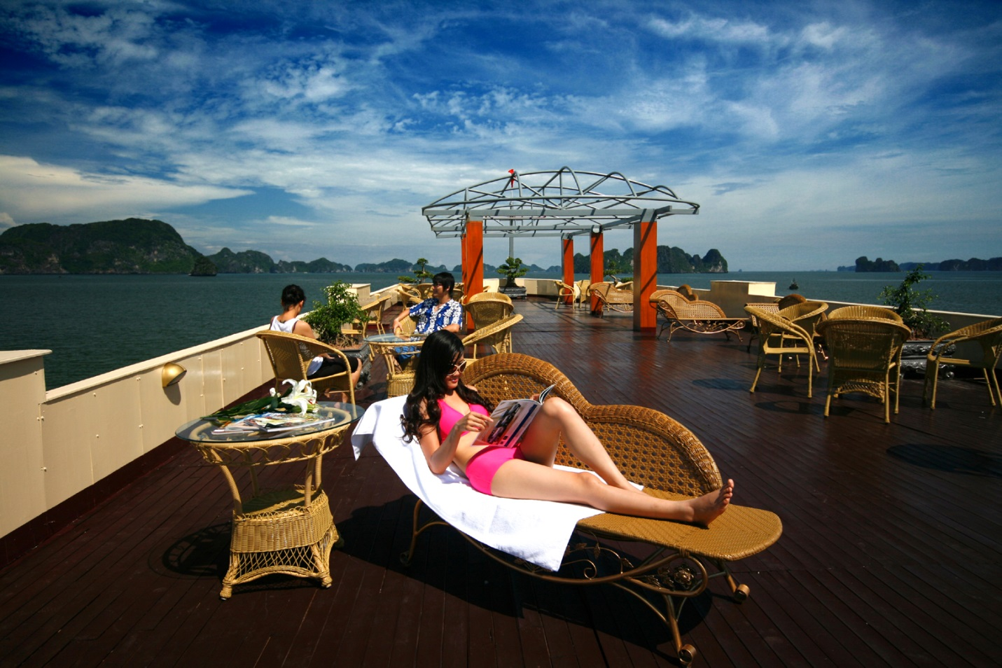 Experience senior services of many resorts in Halong