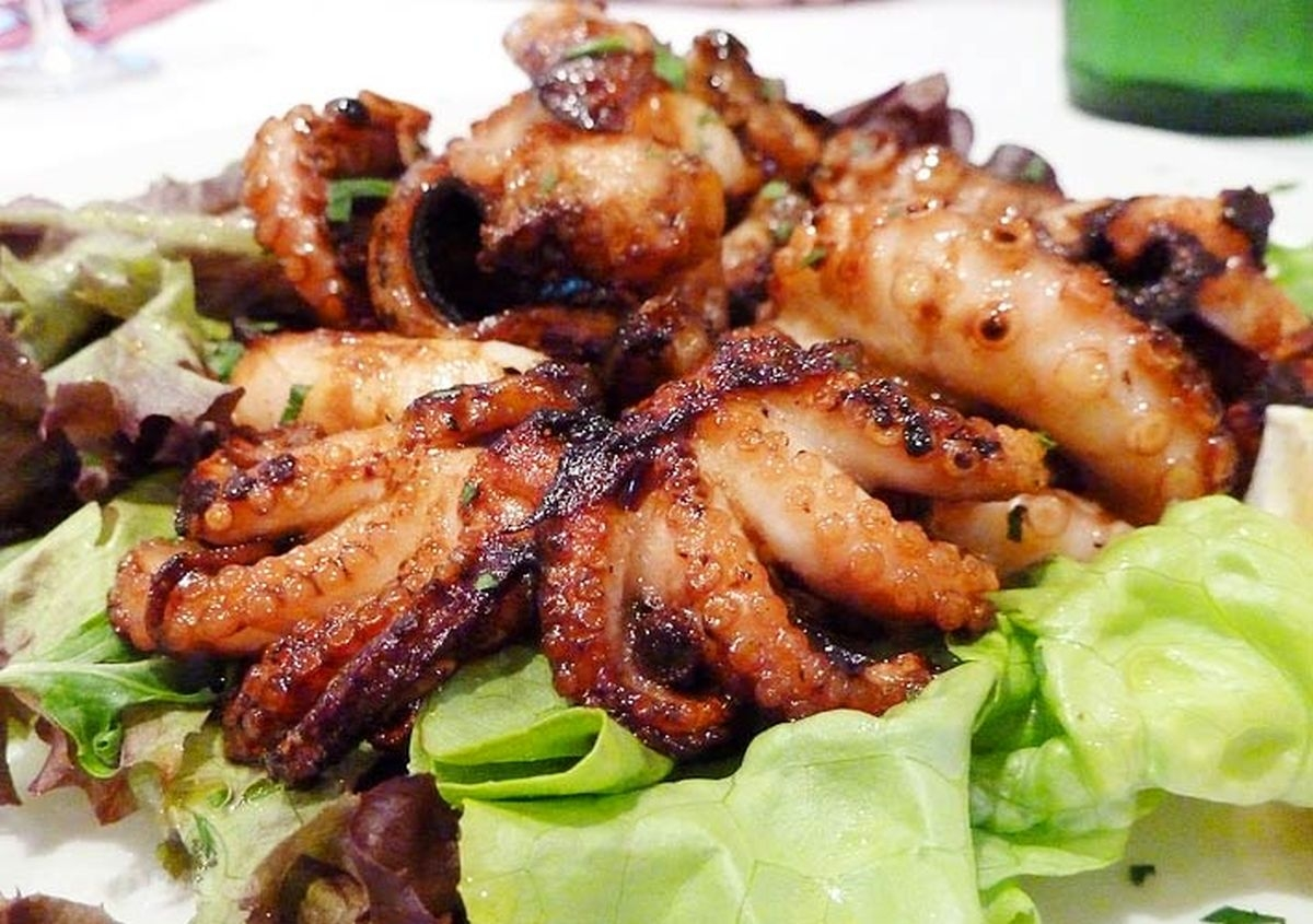 Fried octopus which you should try when traveling Halong