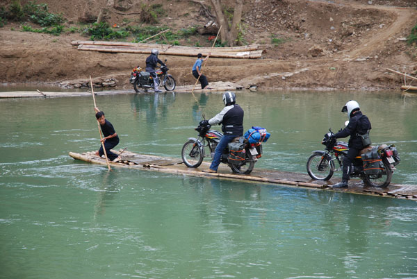 Discover daily life of Vietnamese