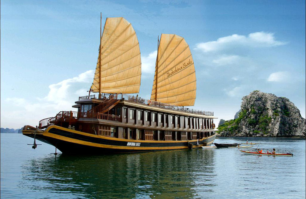 Most travelers prefer wooden cruise