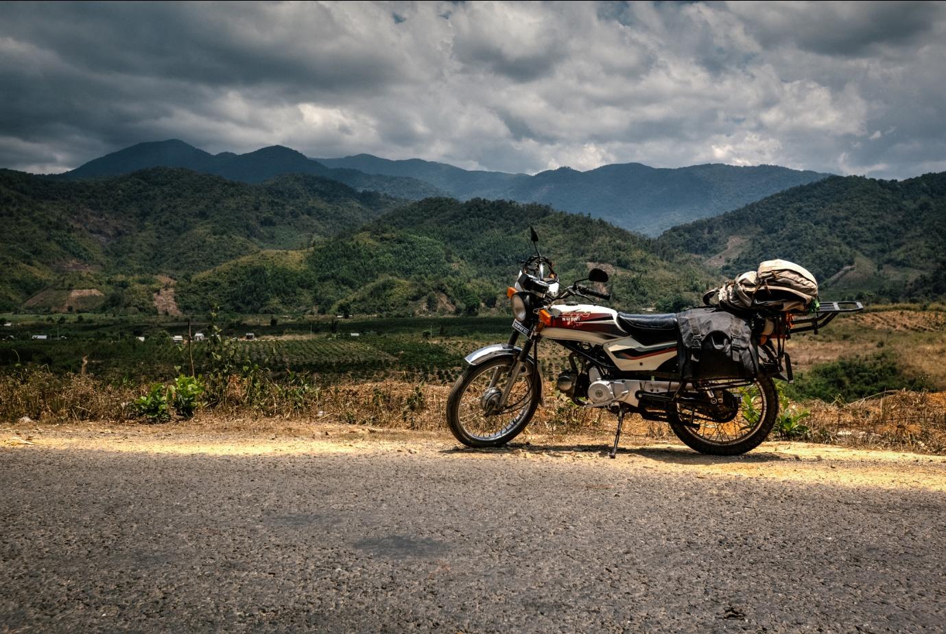 Reasons to travel Vietnam by motorbike