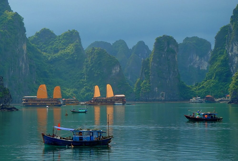 Visiting Halong Bay in winter, you will have an interesting chance to know more about the life routine of locals