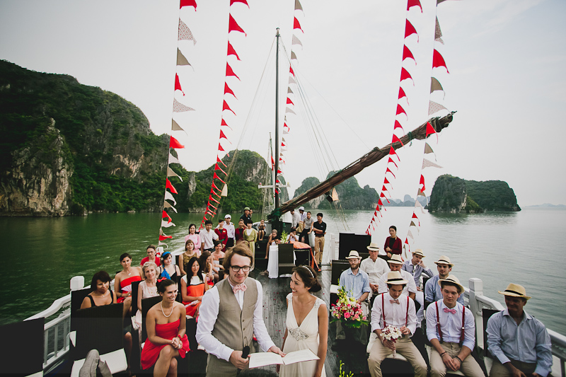 Wedding ceremony on Bhaya Classic Cruise Halong Bay
