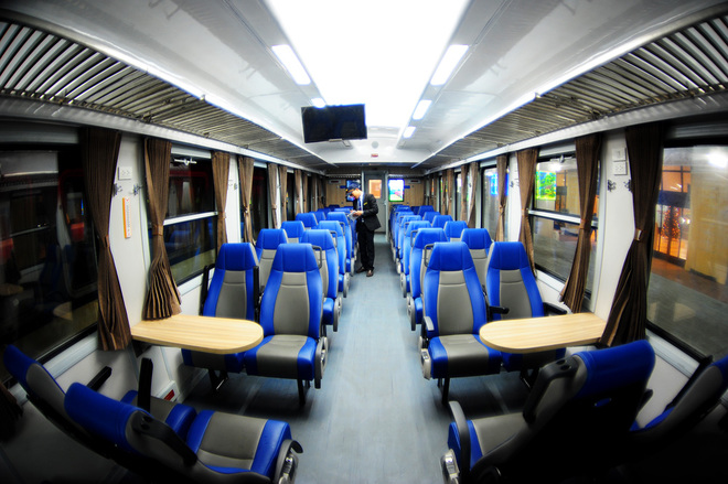 Inside a North-South high quality train