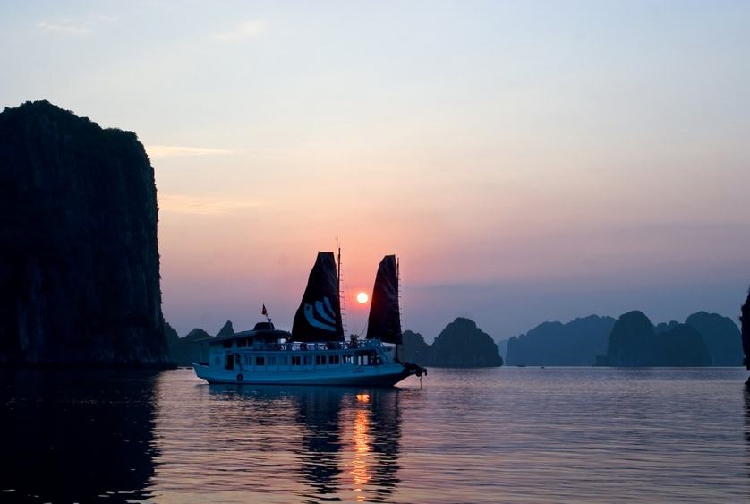 There are many types of Halong Bay cruises
