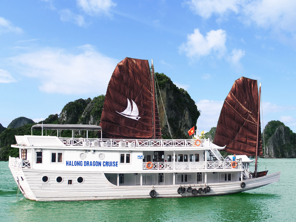Cruise at Halong Bay