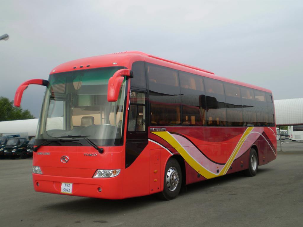 Hoang Long bus to Cat Ba Island