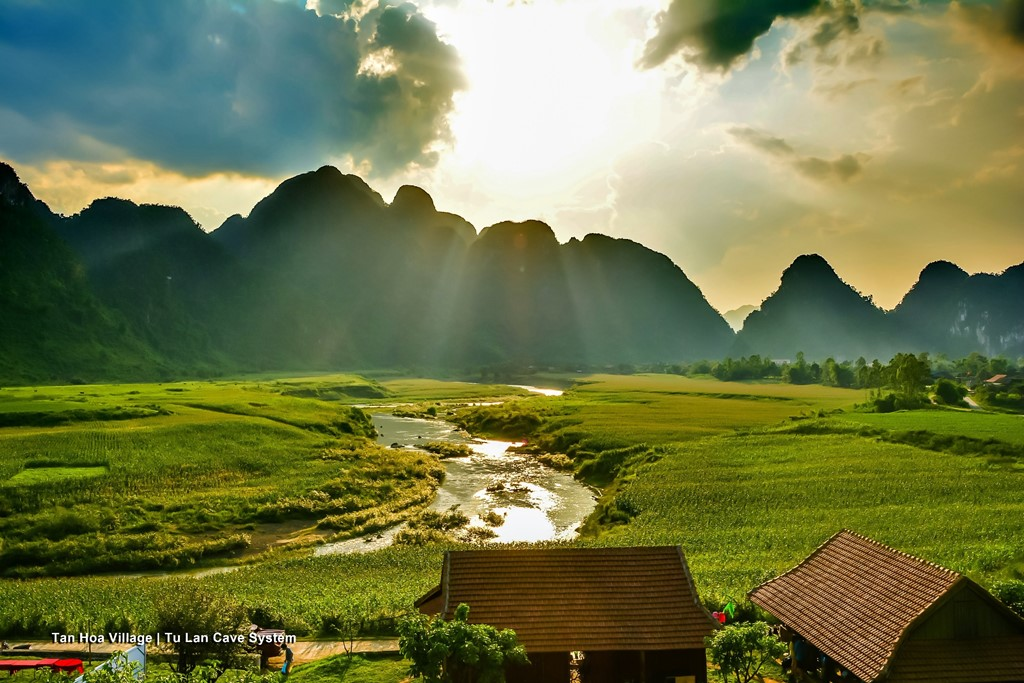 A scenes of film in Ninh Binh