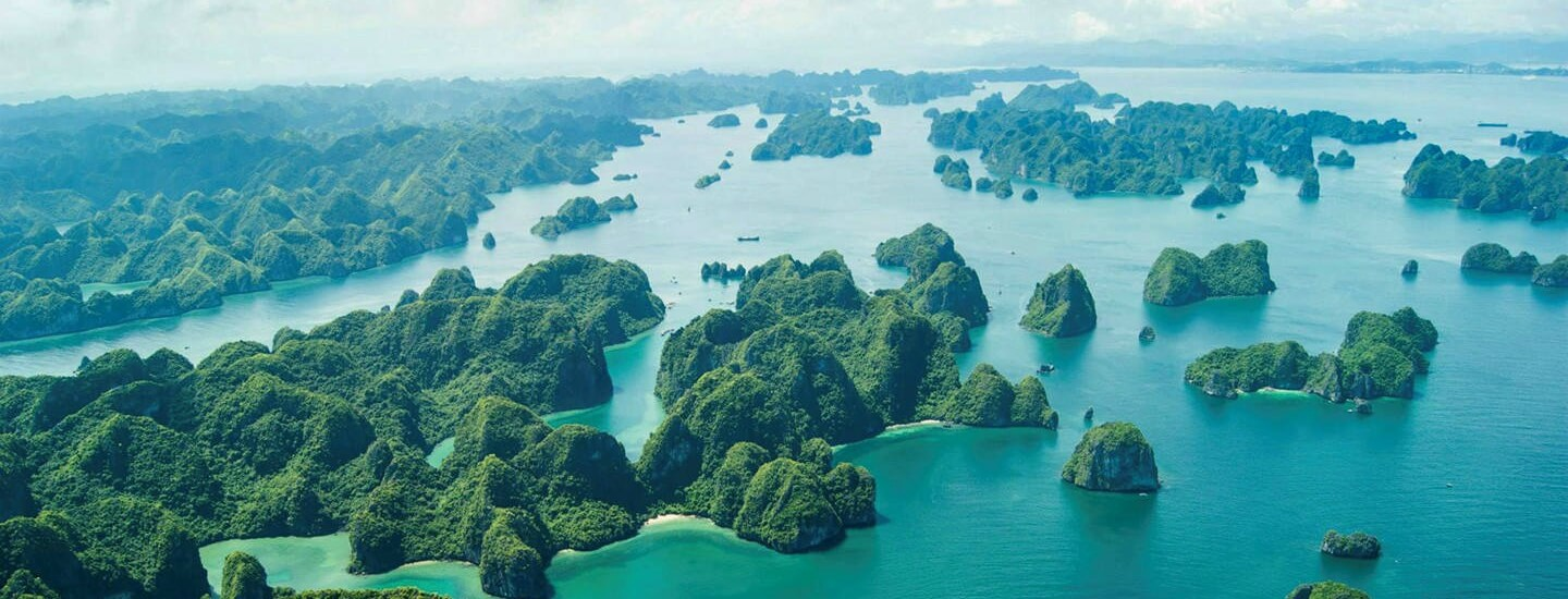 Fascinating Halong Bay in Vietnam