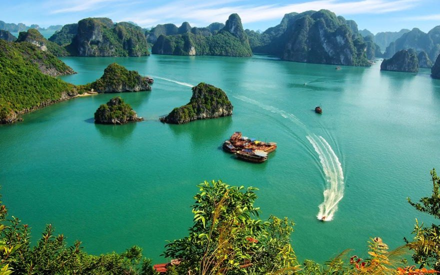 March marks the end of winter in Halong