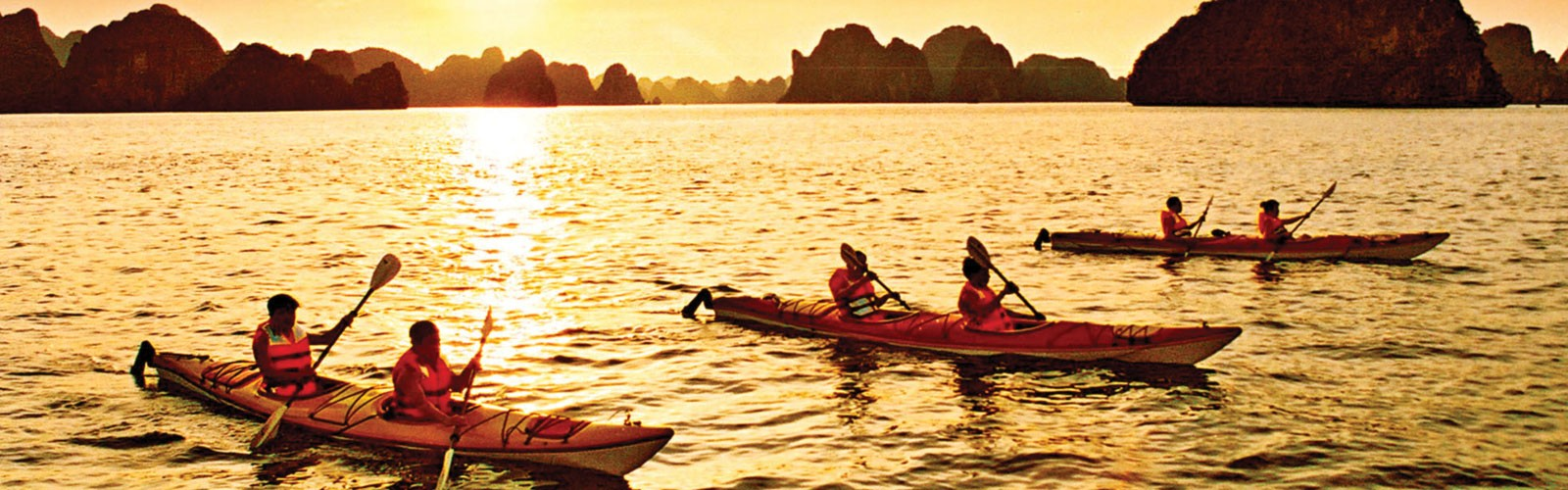 Great moments that only kayaking experience possesses