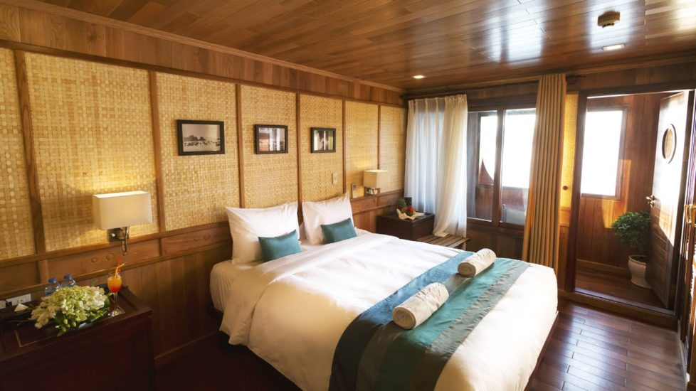 Best Halong Bay Cruises for travelers in 2017
